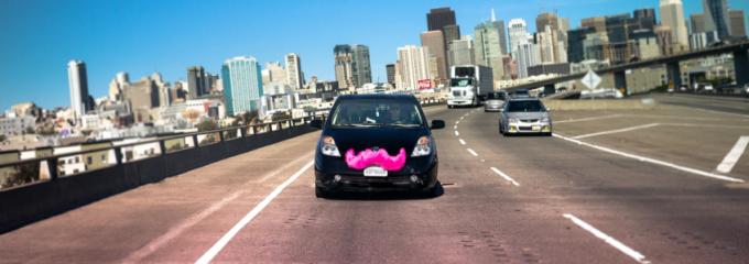 Histórico: compartir coche ya es legal en California